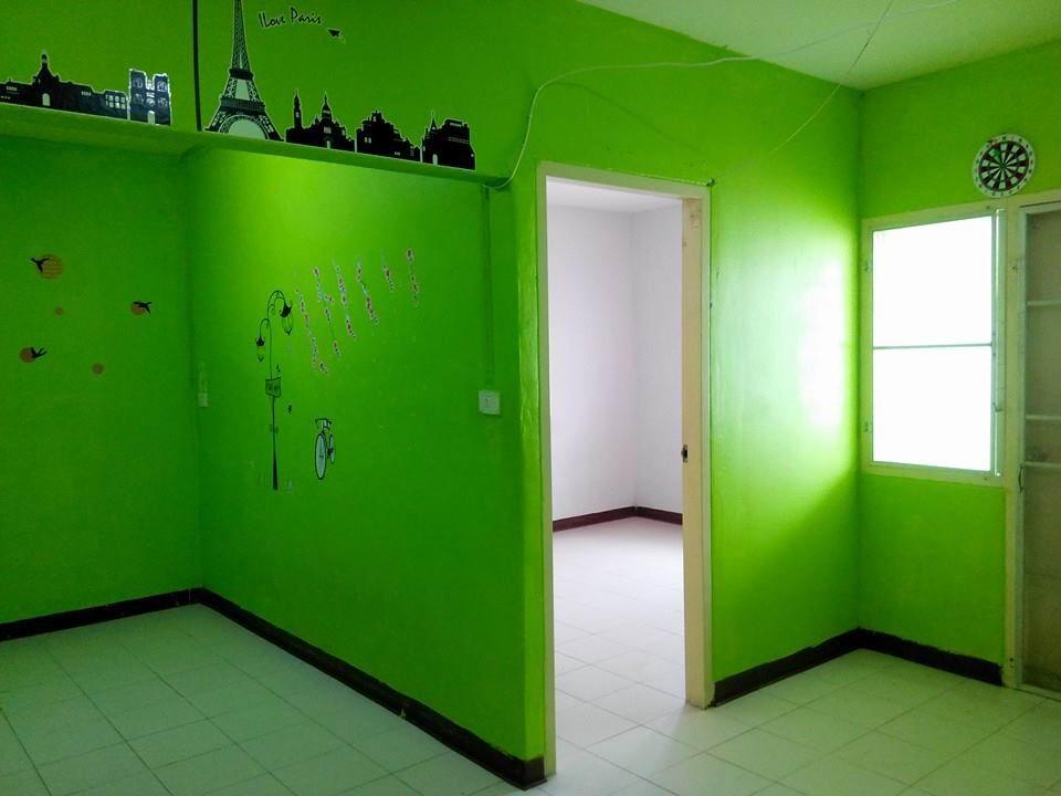 ห้องทาสีใหม่ ดูสะอาด น่าอยู่